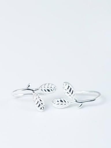 Leaves-shaped Women Hook Earrings