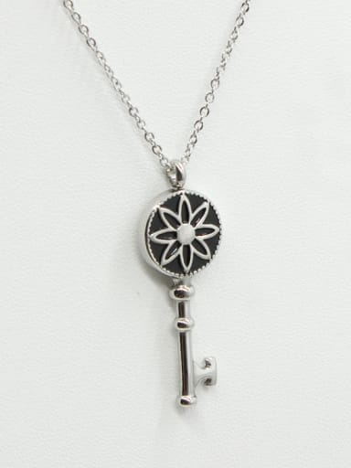 Retro Key Lovers Fashion Necklace
