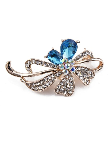 2018 2018 Flower-shaped Crystal Brooch