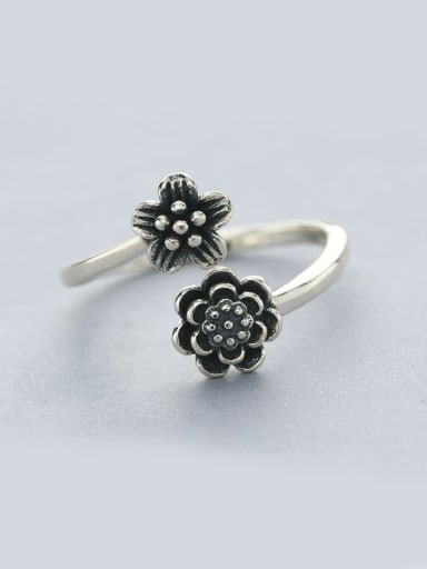 Vintage Style Flower Shaped Ring