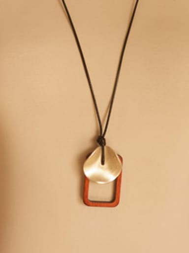Retro Style Hollow Square Shaped Necklace