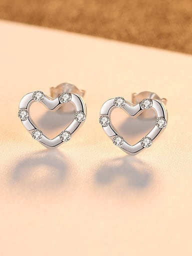 925 Sterling Silver With Heart-shaped Stud Earrings
