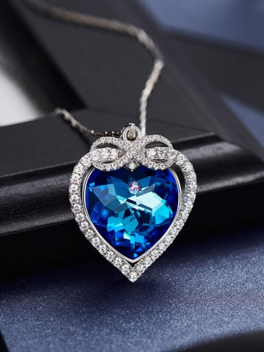 Blue Heart-shaped Necklace