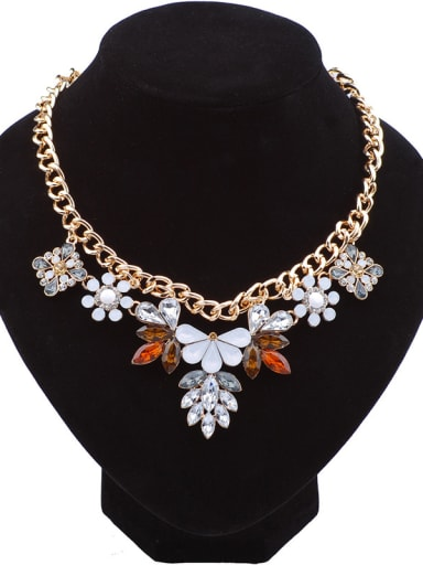 Fashion Stones-studded Flowers Alloy Necklace