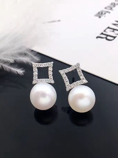 Simple Freshwater Pearl Hollow Square stud Earring