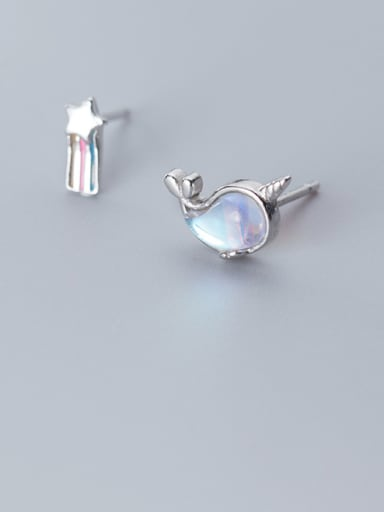 925 Sterling Silver With Platinum Plated Cute Irregular Stud Earrings