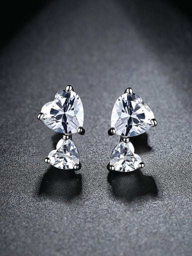 AAA zircon inlaid simple fashion style heart-shaped Earrings