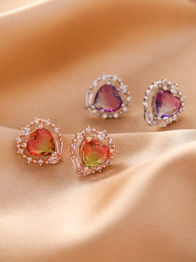 Alloy With Platinum Plated Simplistic Glass stone Heart Stud Earrings
