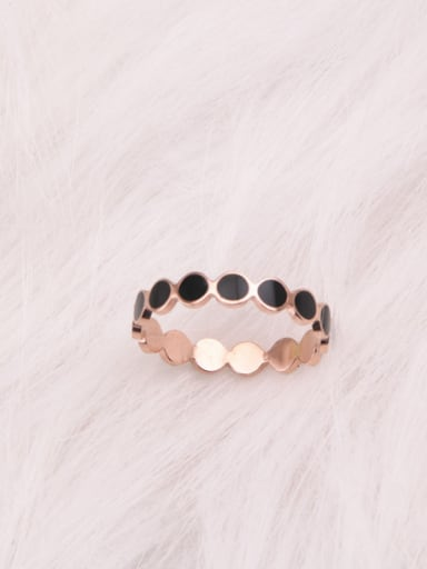 Black Glue Circle Fashion Ring
