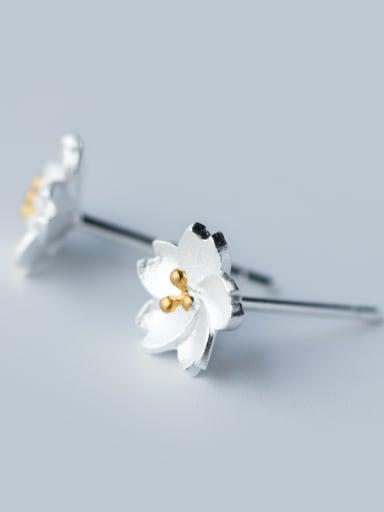 Fresh Flower Shaped S925 Silver Stud Earrings