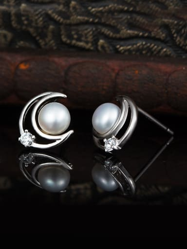 Moon  Freshwater Pearls stud Earring