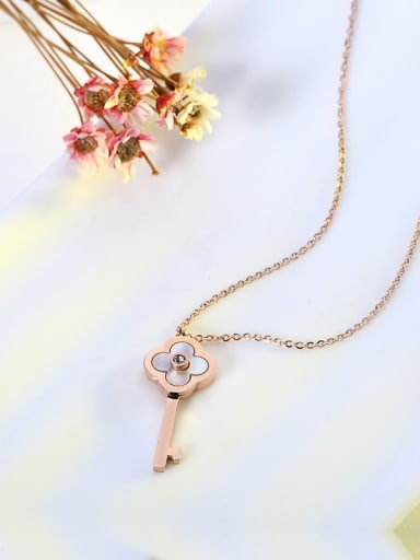 Clover Shell Key Plating Necklace