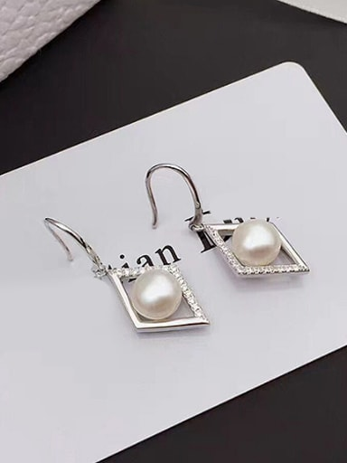 Fashion Freshwater Pearl Rhombus hook earring