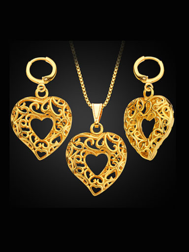 18K Gold Plated Hollow Heart-shaped Two Pieces Jewelry Set
