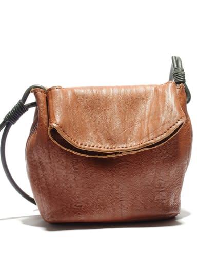 Sheepskin simple pleated magnetic buckle one shoulder slanting hoist bag