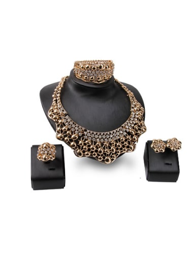 new 2018 2018 2018 Alloy Imitation-gold Plated Vintage style Rhinestones Hollow Four Pieces Jewelry Set