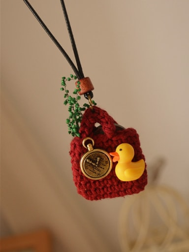 Lovely Women Duck Shaped Necklace