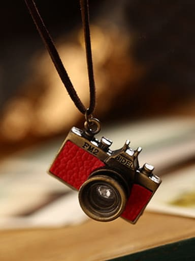 Couples Delicate Camera Shaped Necklace