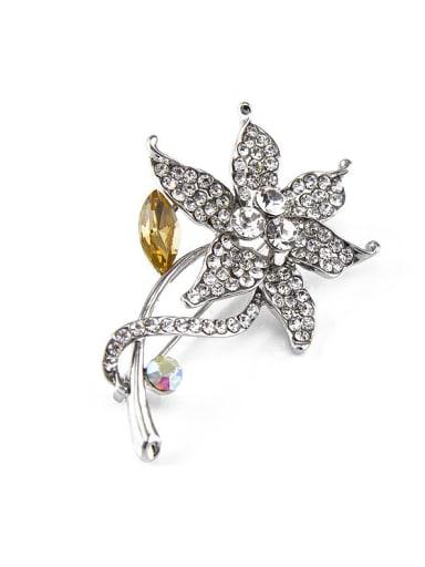 2017 Flower-shaped Crystals Brooch