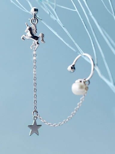 925 Sterling Silver With Platinum Plated Personality Pentagram Single Unicorn Pearl Ear Clip