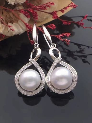 Freshwater Pearl Eight-shaped hook earring
