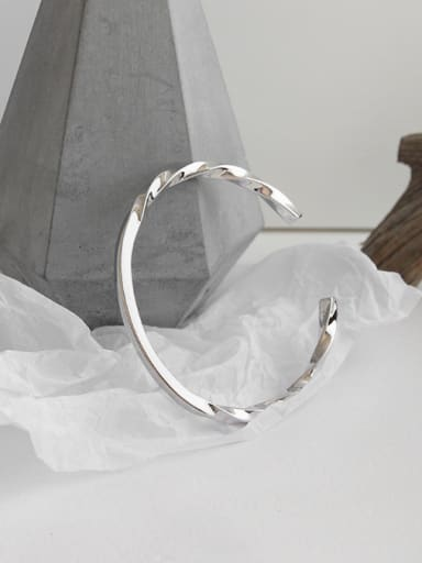 925 Sterling Silver With Platinum Plated Simplistic Twist Opening Bangles