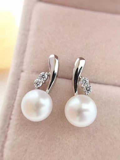 2018 Freshwater Pearl stud Earring