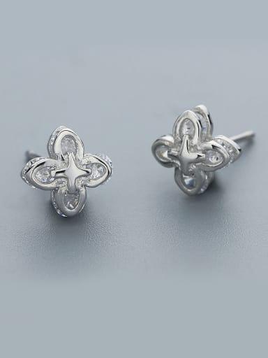Delicate 925 Silver Flower Shaped Earrings