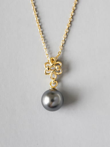 Sterling silver simple black imitation pearl flower necklace