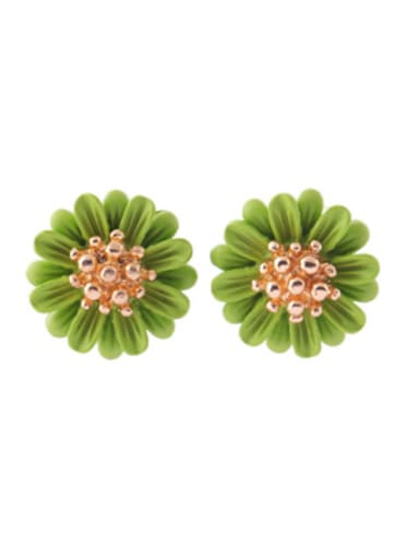 Alloy Gold Plated Elegant Daisy Flower stud Earring