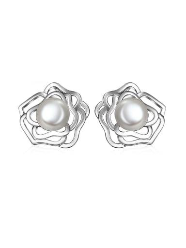 Fashion Rosary Flower Imitation Pearl Stud Earrings