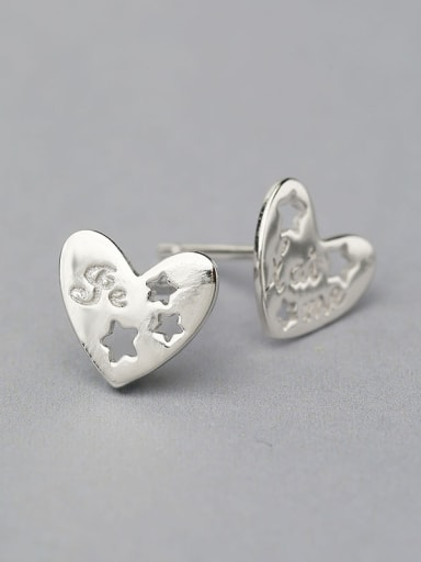 Women Delicate Heart Shaped Earrings