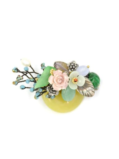 Fashion Shell Flower Round Jade Pendant