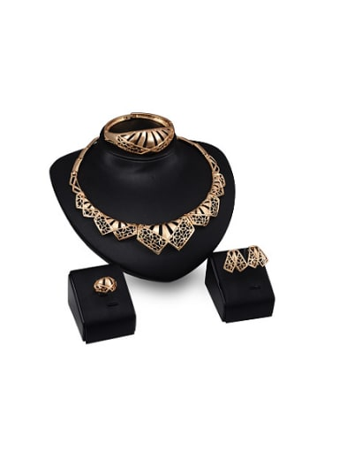 2018 2018 2018 2018 Alloy Imitation-gold Plated Vintage style Hollow Four Pieces Jewelry Set