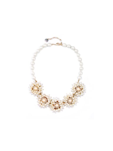 Sweet Artificial Pearl Flower Alloy Necklace