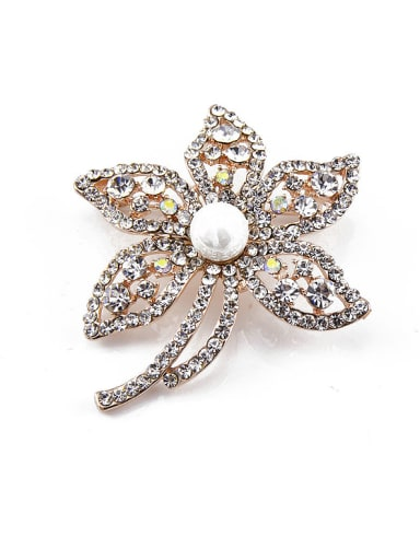 2018 Flower-shaped Crystals Pearl Brooch