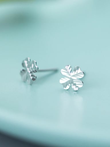 Fashionable Clover Shaped S925 Silver Stud Earrings