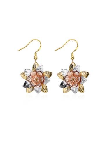 Women 18K Gold Flower Shaped stud Earring