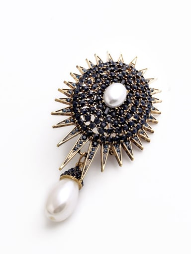 Retro Personality Alloy Brooch