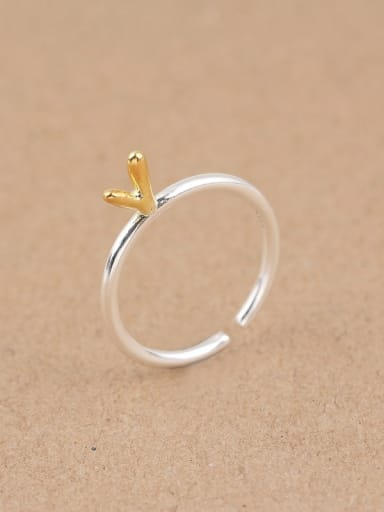 Simple V-shaped Silver Opening Midi Ring