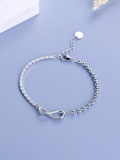 Fashion Figure 8 Shaped Zircon Bracelet
