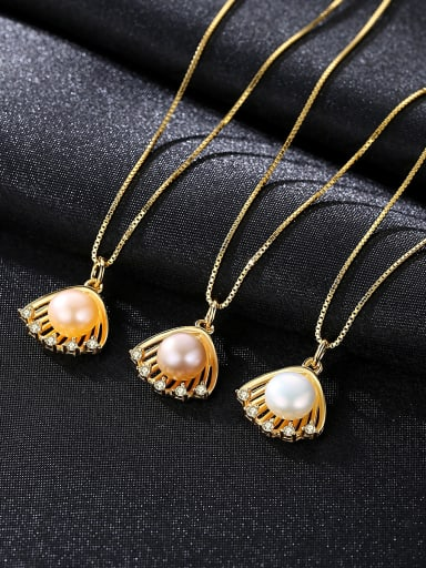 Sterling silver scallop freshwater pearl golden necklace