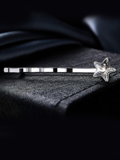 Star Shaped Crystal Brooch
