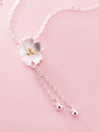 925 Sterling Silver With Platinum Plated Romantic Flower Necklaces