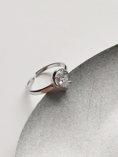 Pure silver white water-drop zircon ring