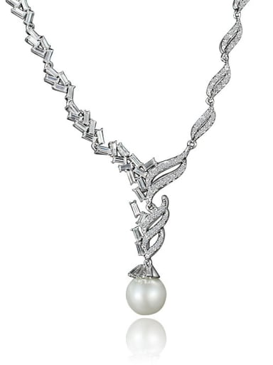 All-match Leaf Shaped Zircon Artificial Pearl Necklace