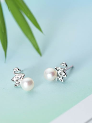 Exquisite Swan Shaped Artificial Pearl Silver Stud Earrings