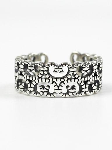 Retro Style Geometric Shaped Fashionable Women Ring