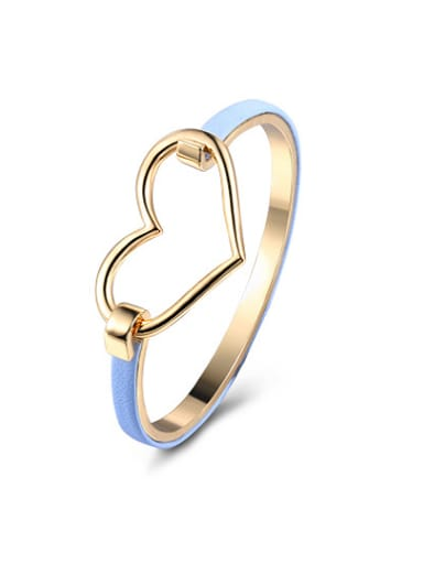 Temperament Light Blue Leather Heart Shaped Bangle