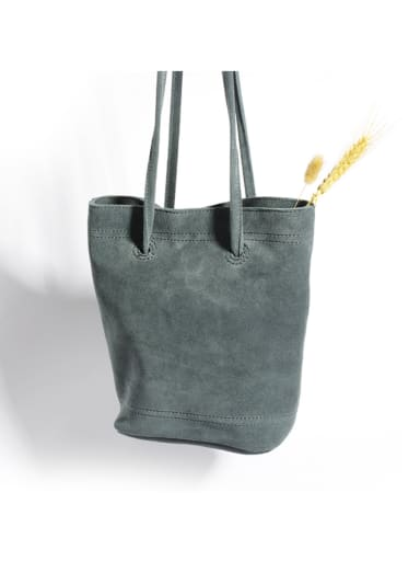 Frosted cowhide single shoulder Bucket Bag